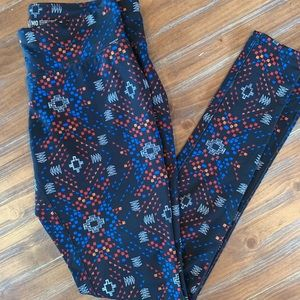 Mossimo Patterned Leggings